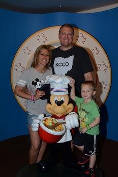 joe_and_family_disney_world
