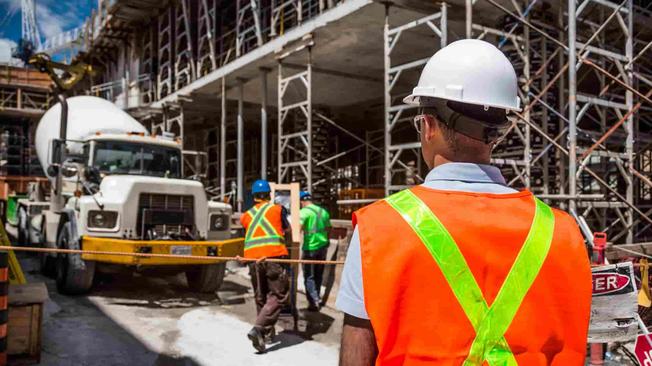 5 Tips For Success When Managing Construction Subcontractors